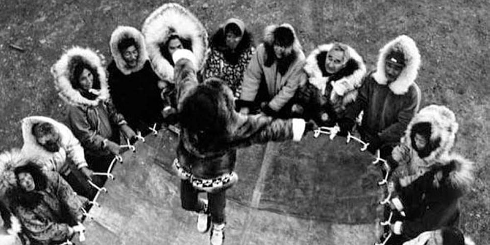 trampoline-history-inuit