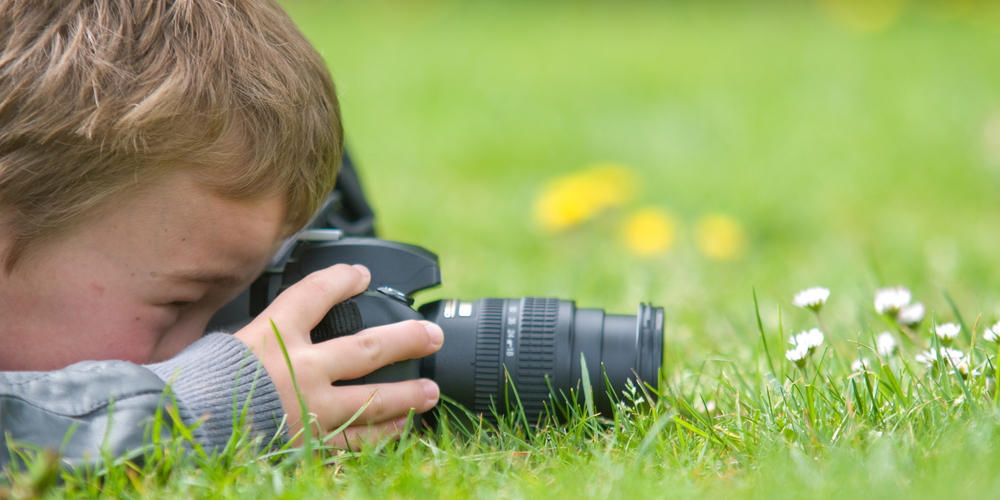 vuly-top-moving-hobbies-kids-photography.jpg