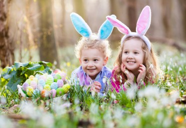 Fun Easter-themed activities with your Vuly trampoline.
